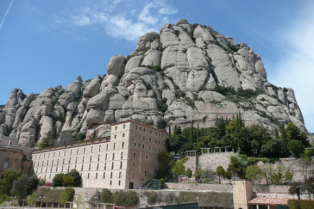 Day trip from Barcelona to Montserrat Monastery