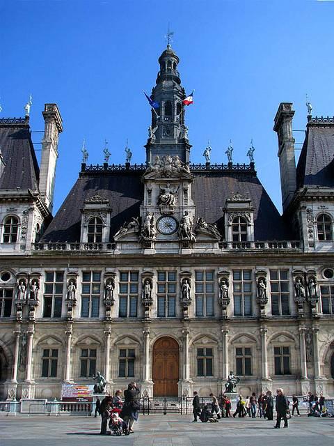 Hotel De Ville Practical Information Photos And Videos