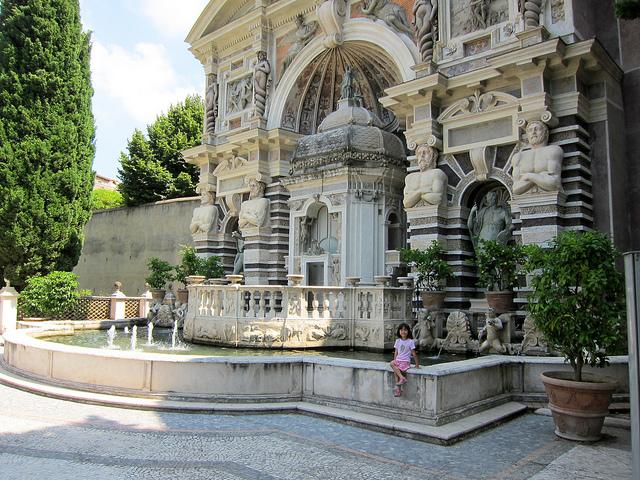 Tivoli villa d 39 este practical information photos and for Vajilla villa d este